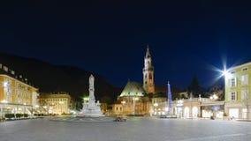 Bolzano - plaza Walther Von Der Vogelweide imágenes de archivo libres de regalías