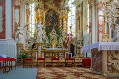 Bolzano, Varna en el Tyrol del sur, Italia, puede 25, 2017: interior de los lugares geométricos regulares de Abbazia di Novacella Imagenes de archivo