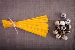 Bom alimento apresentado na tabela Imagem de Stock Royalty Free