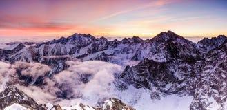 Bom dia em Tatras imagens de stock royalty free