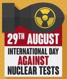 Bomba atomica con il messaggio di consapevolezza per il giorno contro i test nucleari, illustrazione di vettore royalty illustrazione gratis