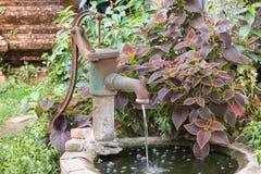 Bomba de agua Foto de archivo libre de regalías
