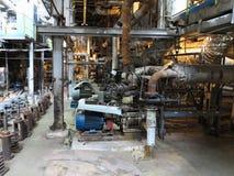 Bomba de agua del motor eléctrico bajo reparación en la central eléctrica imagen de archivo