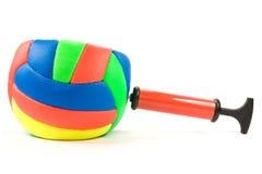 Bomba de ar e esfera da cor Imagens de Stock