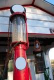 Bomba de gas antigua imagen de archivo