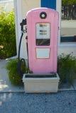 Bomba de gas rosada imagen de archivo libre de regalías