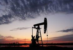 Bomba de petróleo fotografía de archivo