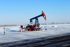Bomba de petróleo preta Foto de Stock