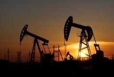 Bomba de petróleo Imagen de archivo libre de regalías