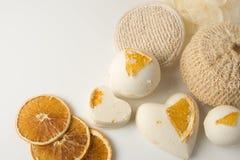 A bomba do banho de sal decorou a laranja foto de stock royalty free