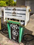 A bomba oxidada velha Fotos de Stock