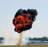 Bomba que golpea la tierra fotografía de archivo libre de regalías