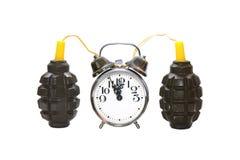 Bomba-relógio conectada ao despertador Imagens de Stock