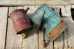Bomba y cubo Imagenes de archivo