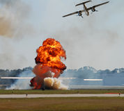 Bombardeio aéreo imagens de stock royalty free