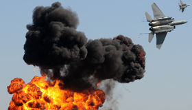 Bombardeio aéreo fotografia de stock royalty free