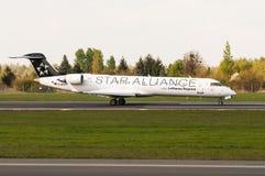Bombardeiro CRJ-700 Imagem de Stock Royalty Free
