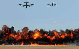 Bombardement aérien image stock