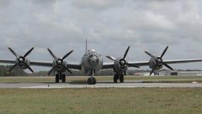 Bombardero de la Segunda Guerra Mundial B-29 almacen de video