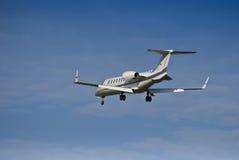 Bombardier Learjet aeroespacial 45 - jato do negócio Imagens de Stock