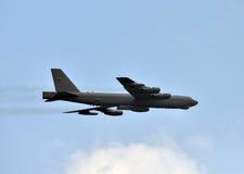 Bombardier stratégique en vol Images libres de droits