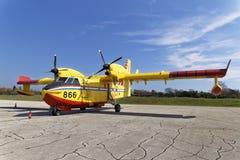 Bombardiere di Canadair Immagini Stock
