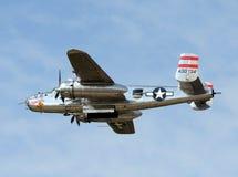 Bombardiere di era B-25 della seconda guerra mondiale Immagini Stock Libere da Diritti