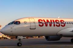 Bombardiere svizzero CS300 all'aeroporto di Pola Fotografie Stock Libere da Diritti