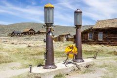 Bombas de Bodie Ghost Town Antique Gas foto de stock royalty free