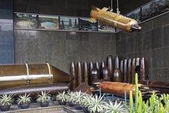 Bombas na exposição no museu dos restos da guerra em Ho Chi Minh City fotos de stock royalty free