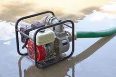 Bombeamento da água Imagem de Stock