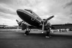 Bomber Lisunov Li-2 sowjetische Fracht oder der Passagierflugzeuge und -lichtes stockfotografie