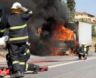 bomberos imágenes de archivo libres de regalías