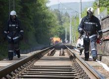 Bomberos del desplome de tren del petrolero Imagen de archivo libre de regalías