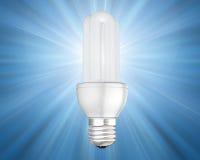 Bombilla ahorro de energía iluminada Fotografía de archivo