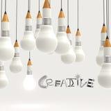 Bombilla 3d del lápiz y palabra CREATIVA del diseño Fotos de archivo