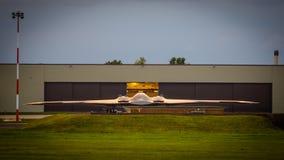 Bombplan för stealth B2 Royaltyfri Foto