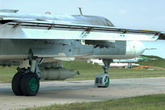 Bombplan med inställd laser - väglett flyg- bombarderar Arkivfoto