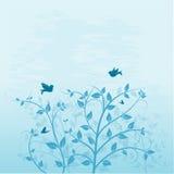 Bomen met vogel en vlinder Stock Fotografie