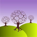 Bomen op groene heuvels Stock Afbeeldingen