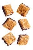 Bommar för den sädes- energikortkortet för protein tokig choklad fotografering för bildbyråer
