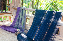Bomullsväv i Thailand Arkivfoto