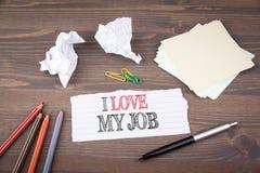 Bon amour de Job Assistant I mon travail feuille de papier du livret sur la table en bois Photo stock