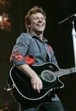 Bon Jovi esegue di concerto immagine stock