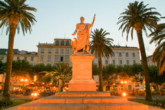 Bonaparte拿破仑雕象在可西嘉岛海岛,法国上的巴斯蒂亚 库存照片