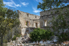 Bonaval修道院的废墟  免版税库存照片