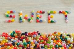 Bonbon à Word avec la frontière des dragées à la gelée de sucre photos libres de droits