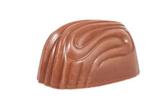 Bonbon, aka bonbon ou truffe de chocolat au lait d'isolement sur le blanc Photos libres de droits