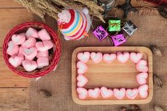Bonbon rose à guimauve de coeur pour le jour de valentine Photographie stock libre de droits