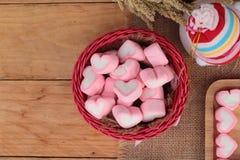Bonbon rose à guimauve de coeur pour le jour de valentine Photos stock